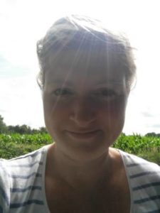 Das ist Annika, in der Sonne, wo sie sich am liebsten aufhält